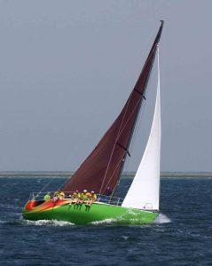 Яхта Киви 10,5м